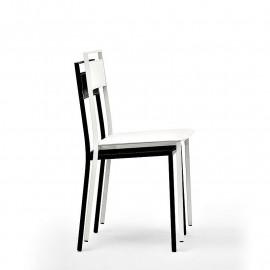 2 sedie in cuoio impilabili...