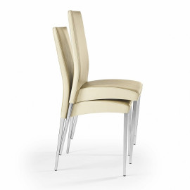 2 mod stackable chairs....
