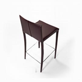 2 mod leather stools. Jury,...