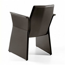 Poltroncina in cuoio mod....