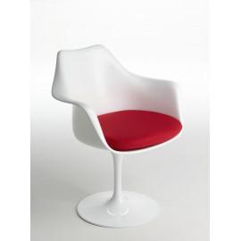 Tulip Eero Saarinen armchair