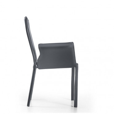 Chair with mod armrests. Ara