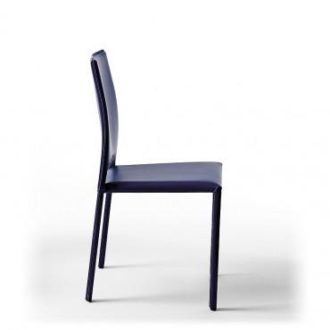 2 sedie impilabili in cuoio...