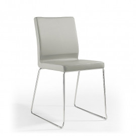 2 mod stackable chairs. Snow